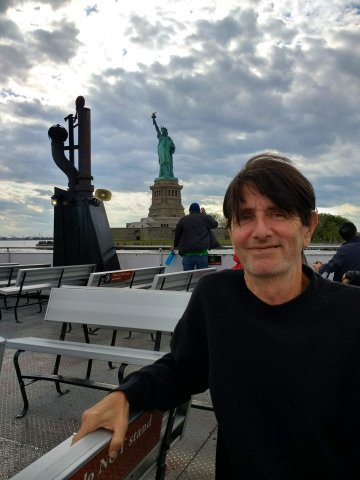Neil and the Statue of Liberty